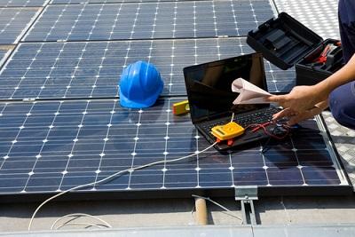 Onderhoud-van-zonnepanelen-blijft-vaak-achterwege